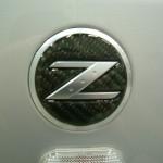 フェアレディZ Z33 ガラスコーティングのご予約でカーボン調サイドエンブレムステッカープレゼント! (愛知県・岐阜県・三重県・名古屋)