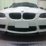 BMW M3 E92 アーキュレー フロントスポイラー 塗り分け 取り付け